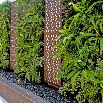 OUTDOOR GREEN WALL AT GUILFORD RSL